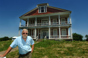 Mark Wagner in front of Crenshaw House